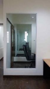 menjual pintu frameless custom di jakarta