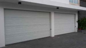 Menjual Pintu Garasi Remote Control