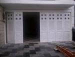 Sedia Pintu Garasi Wina