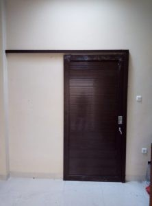 Pintu sliding Panel warna coklat