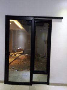 pintu sliding dan jendela swing