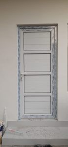 pintu swing panel upvc 3 palang